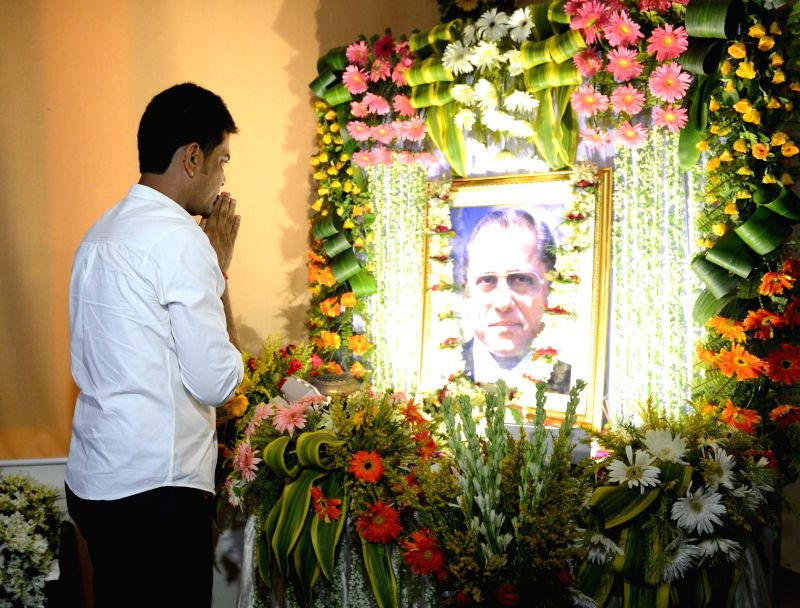 West Bengal Minister and former cricketer Laxmi Ratan Shukla pays tribute to Jagmohan Dalmiya on his birth anniversary in Kolkata, on May 30, 2016.