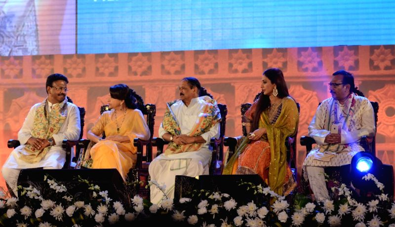 West Bengal Urban Development Minister Firhad Hakim, Panchayat and Rural Development Minister Subrata Mukherjee, Housing Minister and in-charge of Sports Arup Biswas, actresses Sharmila ... - Firhad Hakim, Sharmila Tagore, Tabu and Subrata Mukherjee