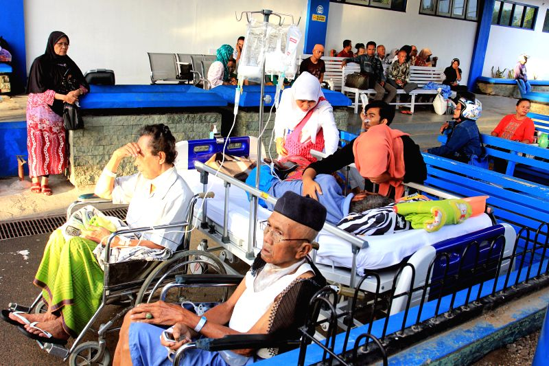 WEST SUMATRA, June 2, 2016 - Patients of the M. Djamil Padang hospital are evacuated to a safe place after an earthquake hit Padang, West Sumatra in Indonesia, on June 2, 2016. An earthquake ...