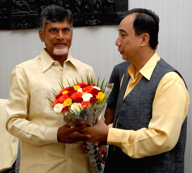 William D. Dar. Director General, International Crops Research Institute for the Semi-Arid Tropics (ICRISAT) calls on Andhra Pradesh Chief Minister N. Chandrababu Naidu in Hyderabad on Aug 13, 2014. - N. Chandrababu Naidu