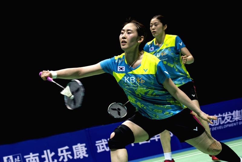 WUHAN, April 30, 2017 - Kim Hye Rin and Yoo Hae Won (Front) of South Korea compete during the women's doubles final match against Matsutomo Misaki and Takahashi Ayaka of Japan at the Badminton Asia ...