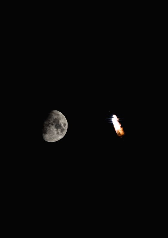 Photo taken on March 30, 2015 shows the Long March-3C rocket carrying a new-generation satellite for the BeiDou Navigation Satellite System (BDS) and the moon ...