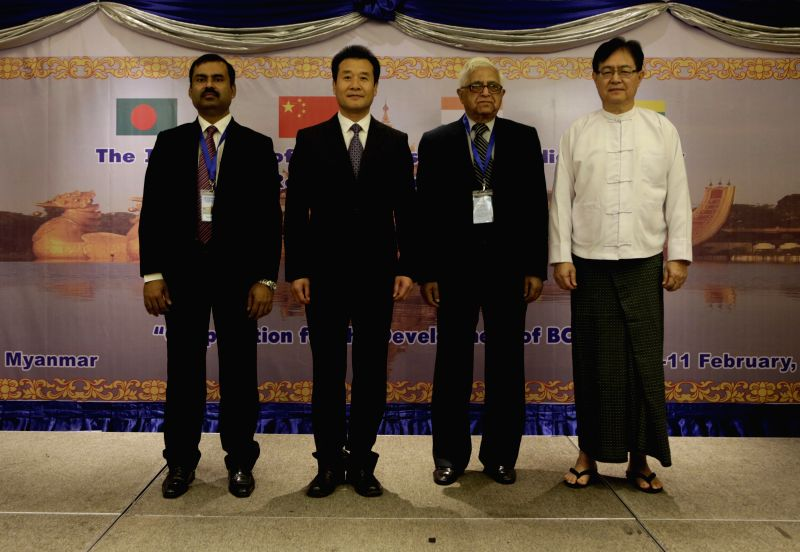 Bangladesh delegation leader and foreign ministry official Abdul Motaleb (1st L), China's Yunnan Province Vice-Governor Gao Shuxun (2nd L), Indian delegation leader . - U Thant Kyaw