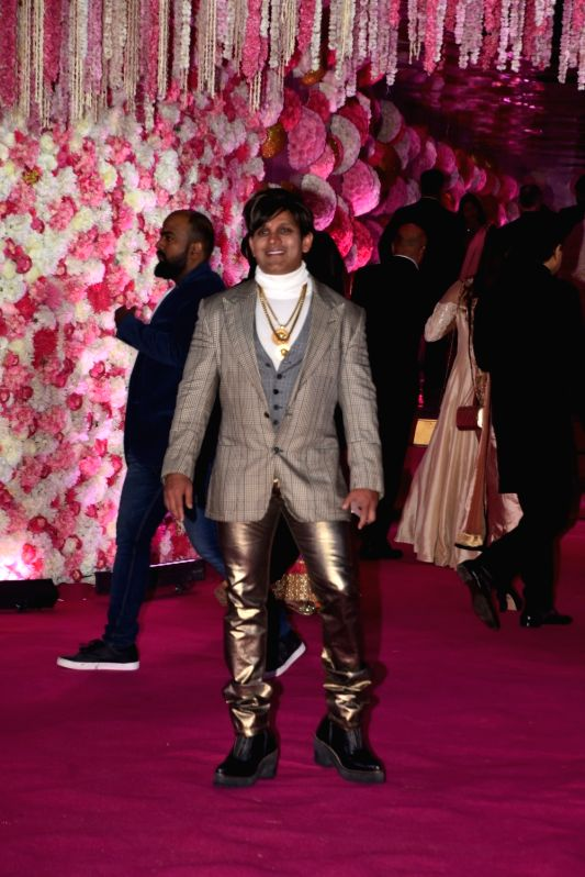 Yash Birla at Azhar Morani and Tanya Seth's wedding reception in Mumbai on Feb. 9, 2019. - Tanya Seth