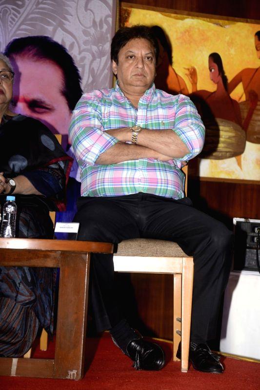 Yash Chopra Memorial Award jury members -  actor Shahsi Ranjan during a press conference to announce the winner of the prestigious award in Mumbai on Jan 28, 2018. Bollywood playback doyenne ... - Shahsi Ranjan and Asha Bhosle