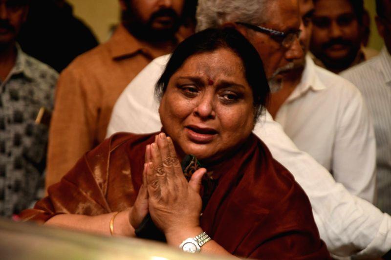 Yesteryear actress Roja Ramani at Dasari's residence. - Roja Ramani