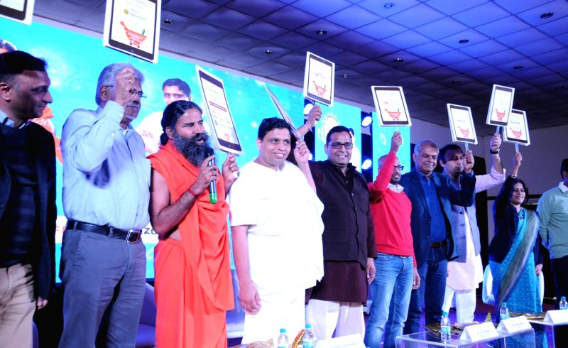 Patanjali goes online in retail collaboration including Amazon and Flipkart