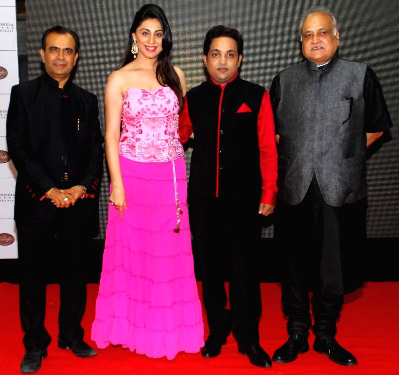 Yogesh Lakhani,Nilofer Salehi, Aatri Kumar & filmmaker T.P. Aggarwal during the trailer and music launch of film Khota Sikka in Mumbai on Aug 31, 2014. - Aatri Kumar