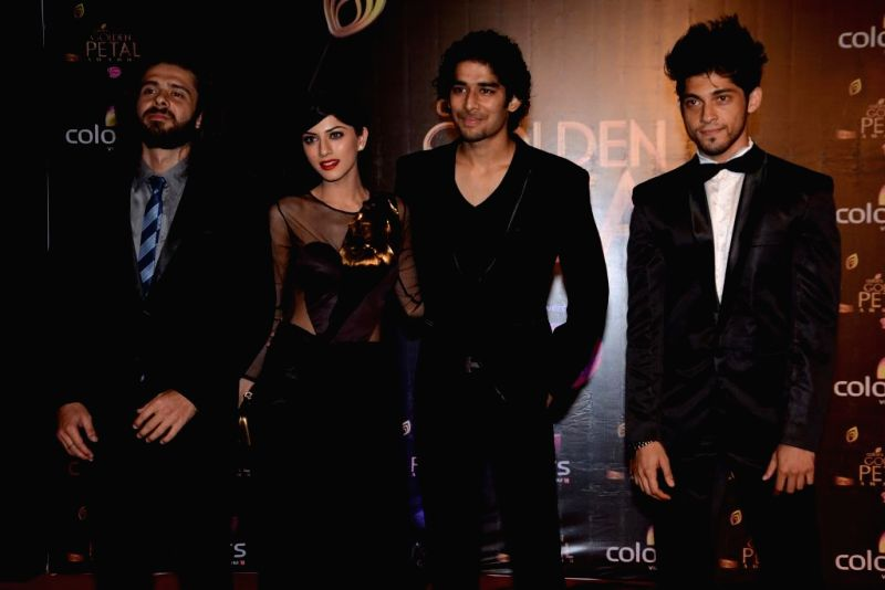 Young Brigade from 24 during COLORS Golden Petal Awards 2013 in Mumbai on Dec.14, 2013.