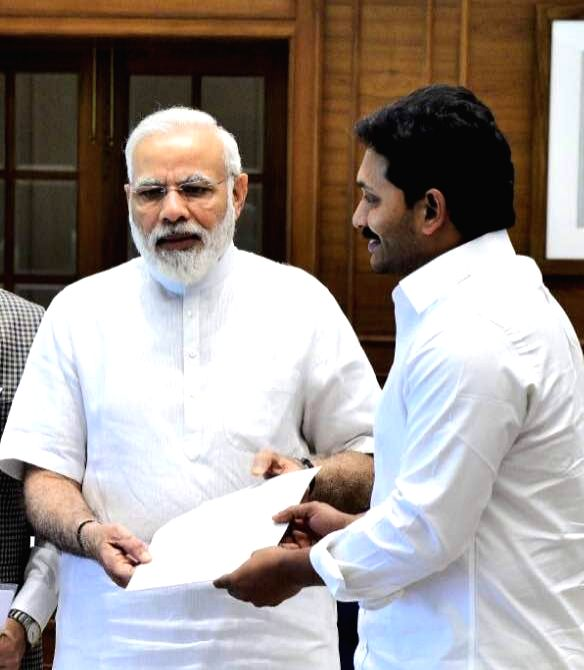 YSR Congress chief Y. S. Jaganmohan Reddy calls on Prime Minister Narendra Modi in New Delhi, on May 10, 2017. - Narendra Modi
