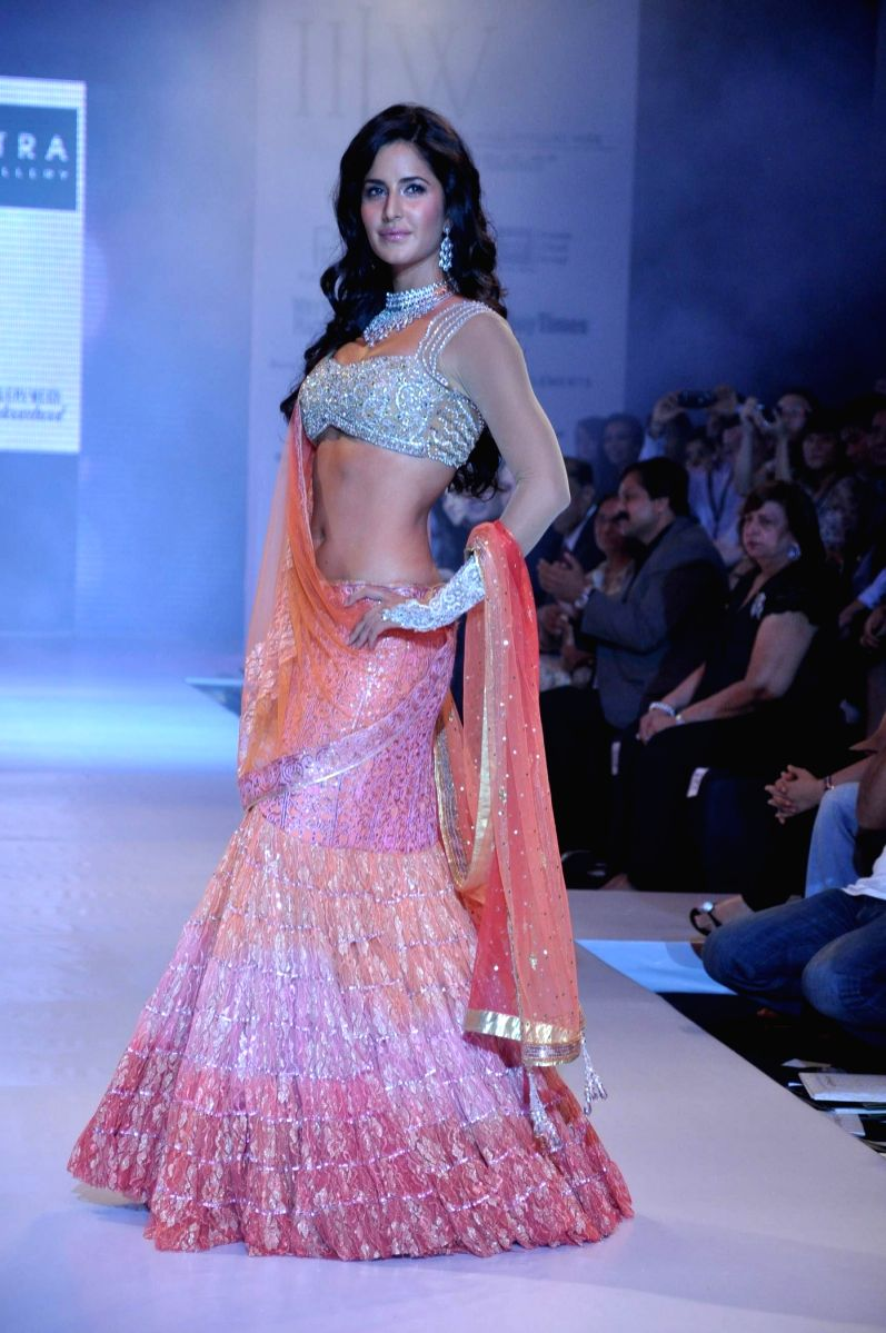 Katrina Kaif dazzled on the ramp at the Gitanjali Lifestyle Nakshatra opening show at the first India International Jewellery Week on Day 1.