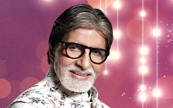 Amitabh Bachchan showers