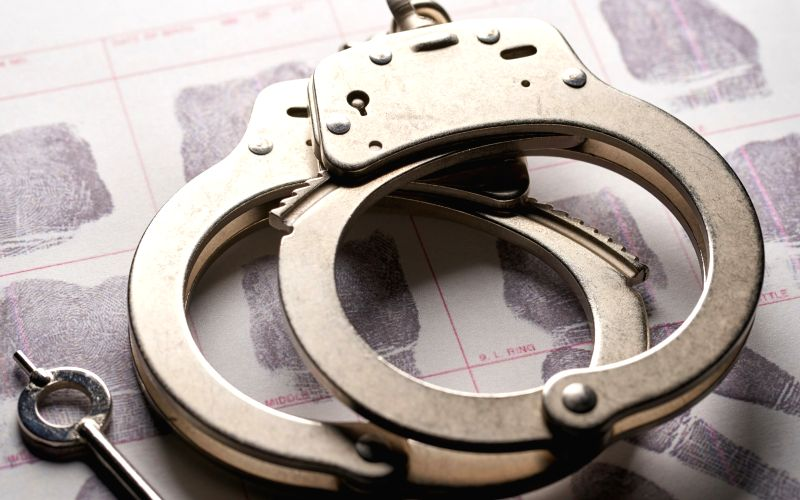Gang held for robbing unsuspecting passengers
