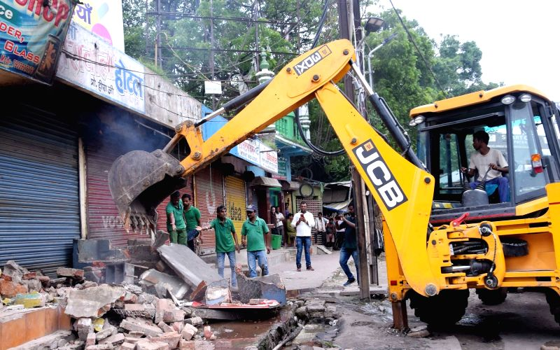 Govt orders removal of encroachments from ASI monuments