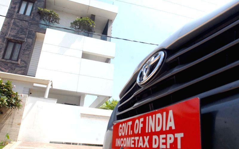 I-T raid on Chennai-based tiles maker