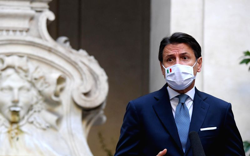 Italy reopens museums, extends nationwide anti-virus curfew