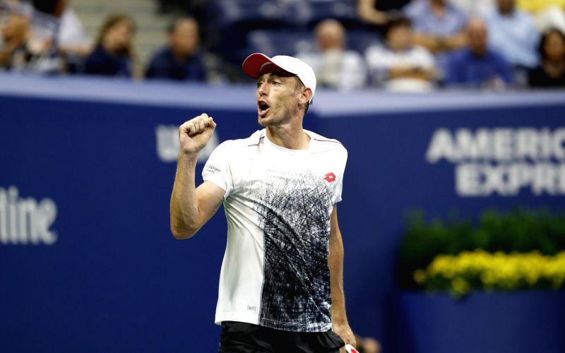 Bautista Agut beats Millman, moves to Australian Open Round 3