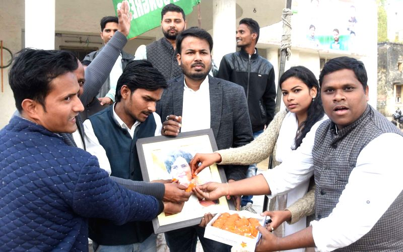 Priyanka takes political plunge, named UP General Secretary East