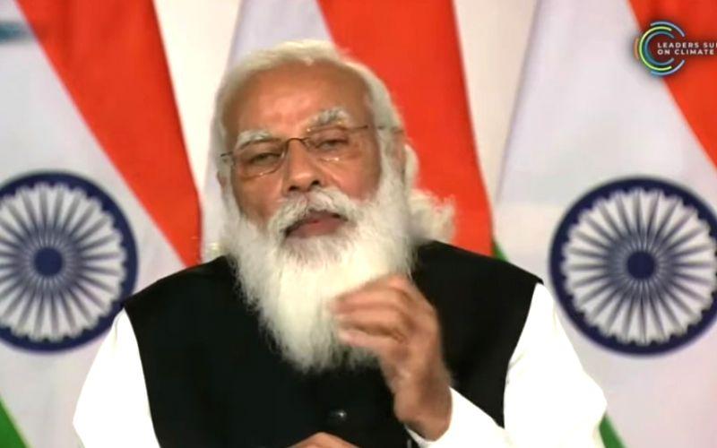 PM speaks Maharashtra, Gu