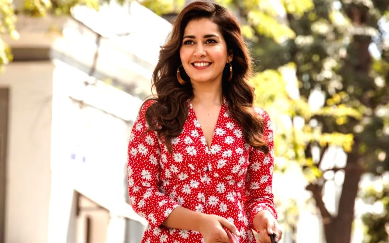 Raashii Khanna starts final leg of shoot for 'Andhadhun' Malayalam remake