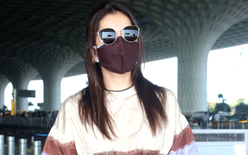 : Rashi Khanna Spotted At Airport Departure
