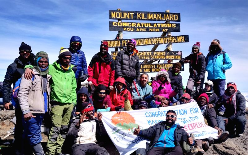 13 Indians, Israelis with blind climbers, scale Mt. Kilimanjaro