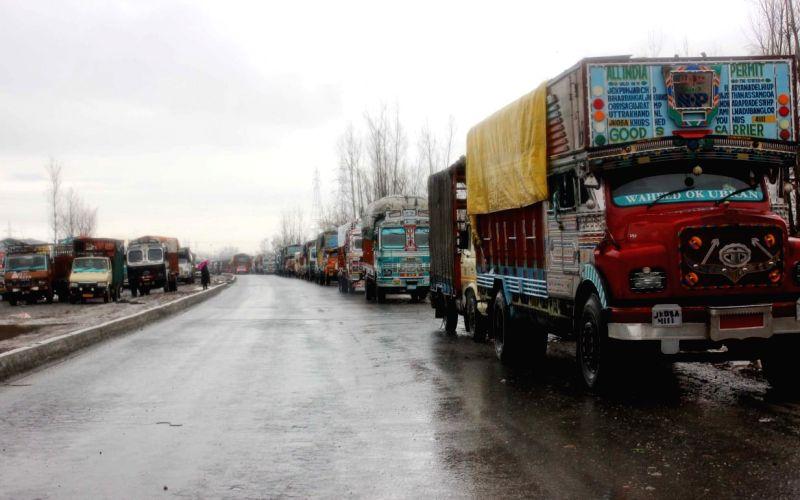 Jammu-Srinagar highway to remain closed on Sunday