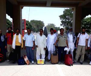 India release 11 Pakistani prisoners