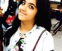 12-year old schoolgirl and model Akshita Rajpal, a die-hard fan of Justin Bieber, flew down alone from New Delhi to Mumbai yesterday to attend her idol\'s maiden live concert in Navi Mumbai on ...