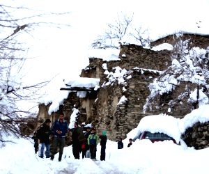 AFGHANISTAN PANJSHIR AVALANCHES