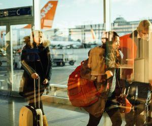 6 reasons you need smart luggage