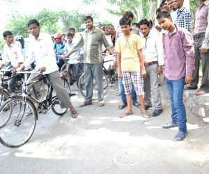 Delhi Police kills gangster