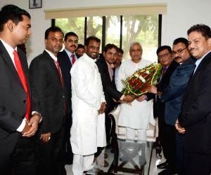 DICCI delegation meets Bihar CM