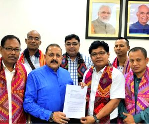 Garo Hills delegation calls on Jitendra Singh