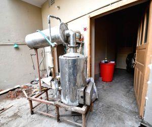 Raids on fake medicine manufacturing factory