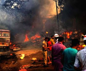 30 huts destroyed in fire