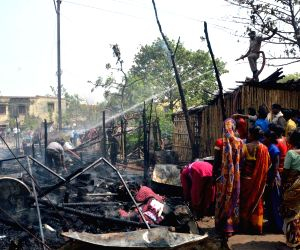 Fire breaks out at a Kankarbagh slum