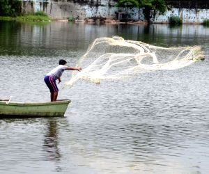 Fishing in Upper Lake