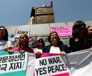 S. Koreans protest Trump's axing of Kim summit