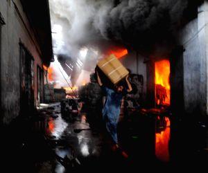 PAKISTAN KARACHI FIRE