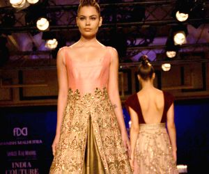 India Couture Week 2014 - Manish Malhotra