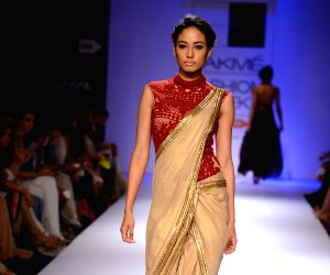 Lakme Fashion Week (LFW) Winter/ Festive 2014 - Sonakshi Raaj