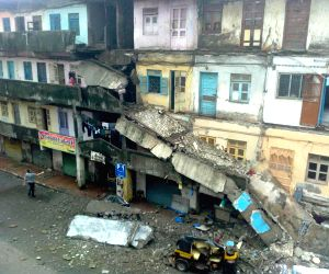 Building collapses in Bhayandar