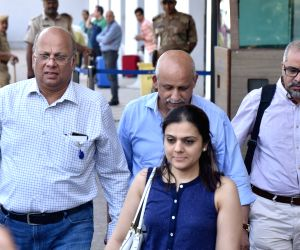 A team of doctors arrive in Jodhpur from Mumbai to attend actor Amitabh Bachchan on March 13, 2018.