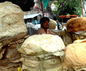 Ramadan - makeshift vermicelli  shops