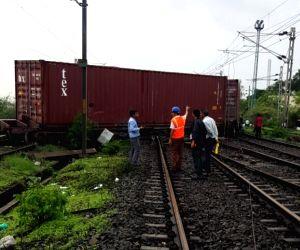 Goods train derailed in Maharashtra