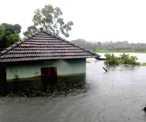 Kerala flood fury: Many areas waterlogged, political squabbles begin