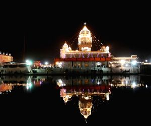 Gurudwara Bangla Sahib on the eve of Guru Nanak Jayanti