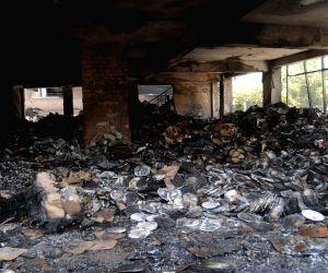 Mahesh Sharma visits Noida factory fire building