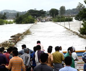 Flood hits NH 766